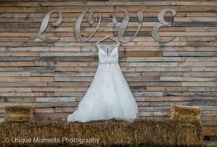 Bookstom Creek Buckley Wa Tacoma Wedding Photographer